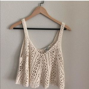 Cropped knitted tank !